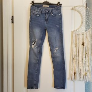 ZARA Basic distressed jeans
